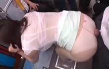 Japanese babe in pantyhoses gets groped in the bus